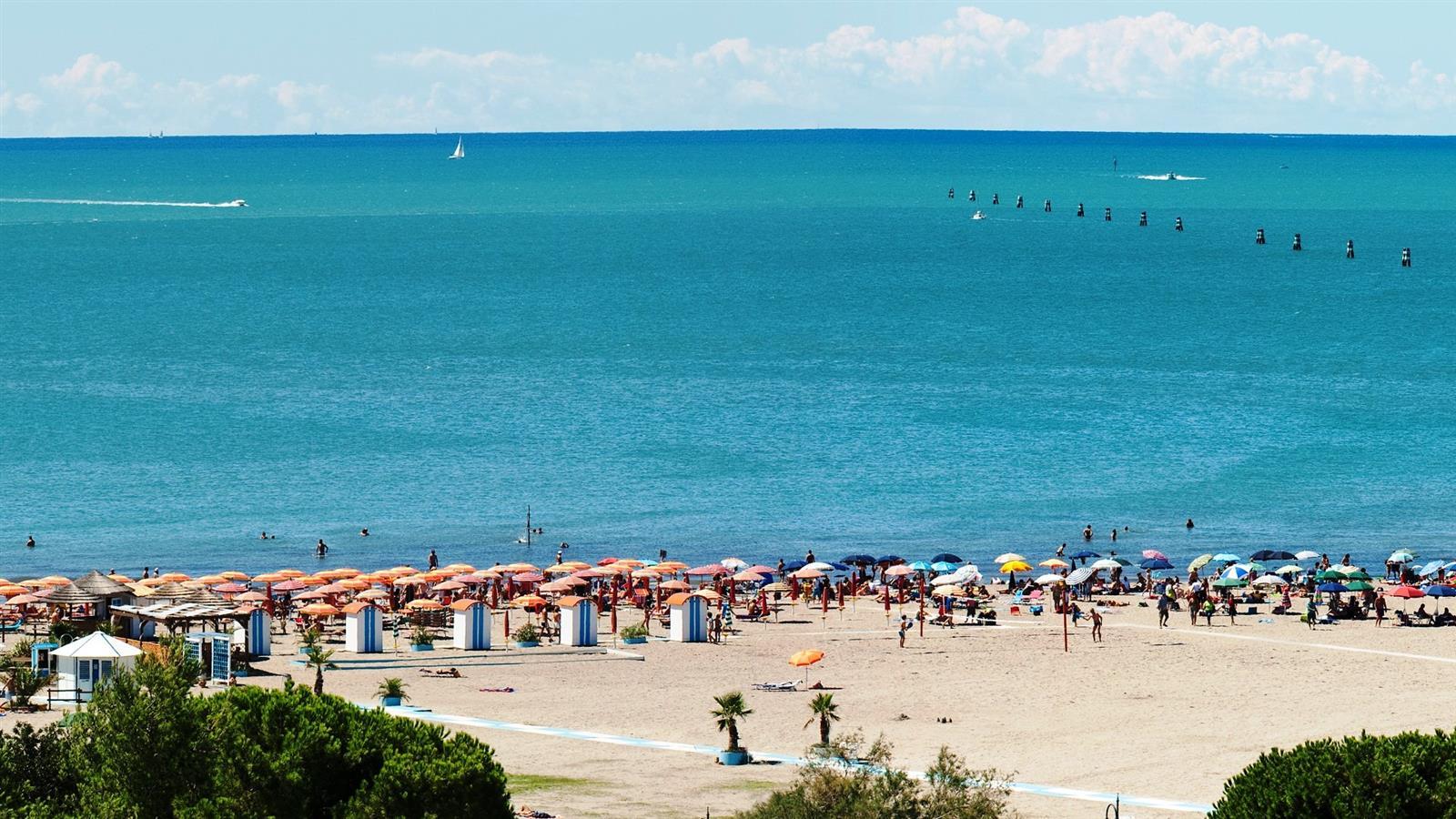 Costa Azzurra Strand