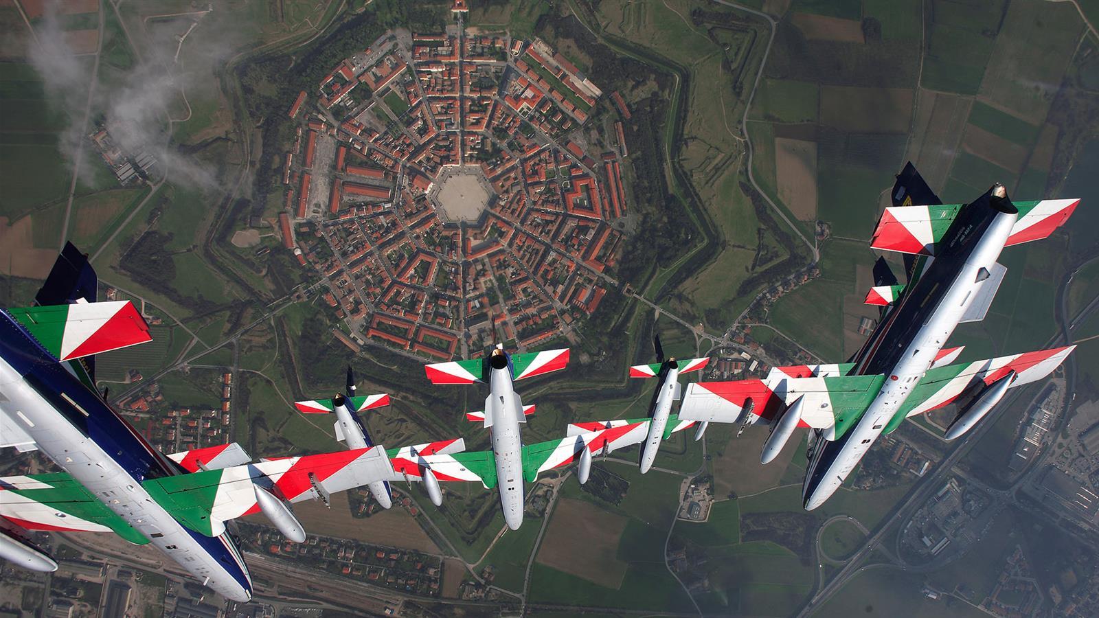 Italia Tour Incoming