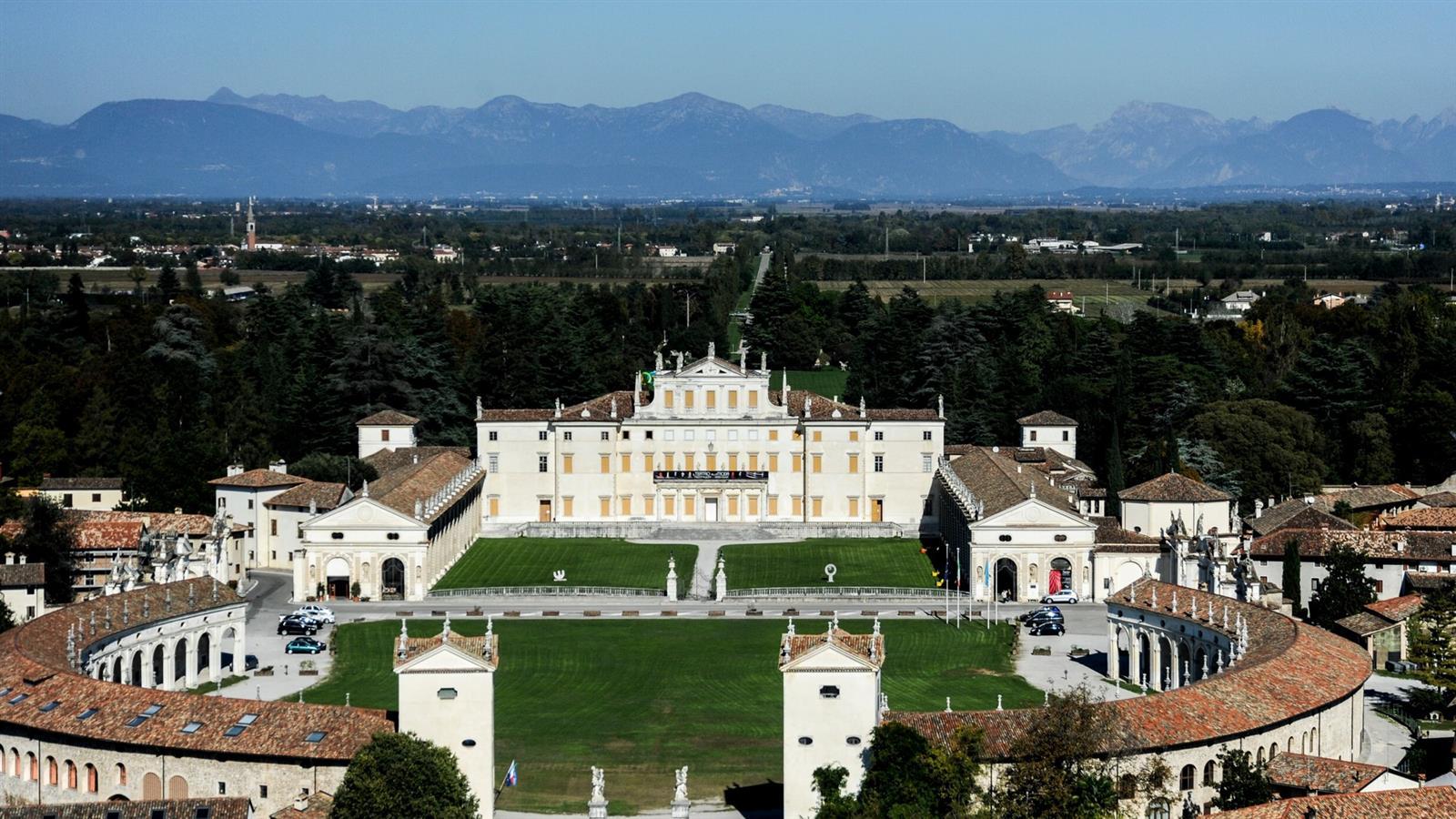 Villa Manin, Passariano, residenza del doge Ludovico Manin e sede del trattato di Campoformido