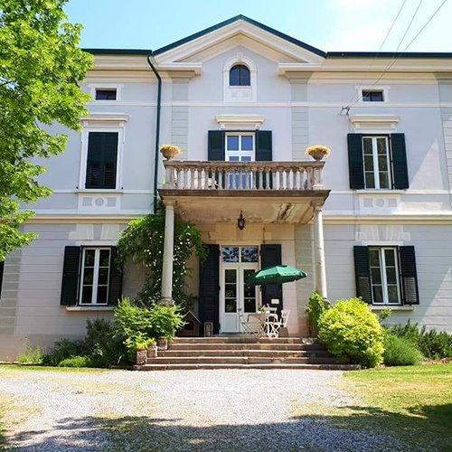 Trieste Apartment Villas: Gorizia From A New Angle: A Bucolic Walk To Villa De Nordis